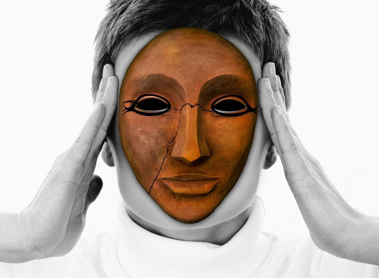 Болевой приступ у женщины при цистите