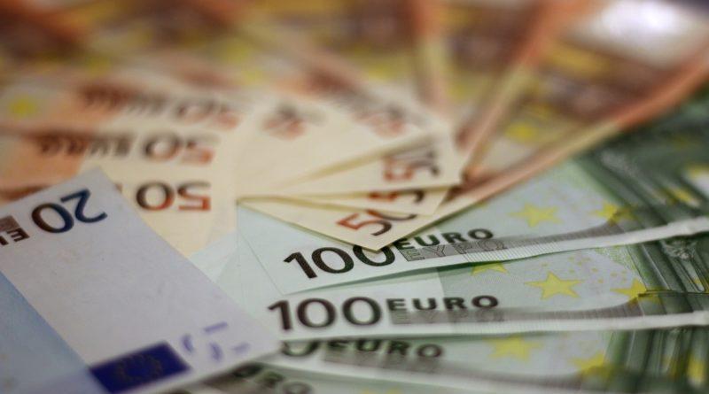 Кредит наличными по паспорту втб 24 ооо возьми займы