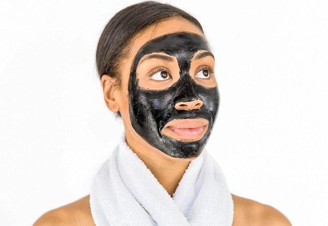 Как дома сделать черную маску для лица
