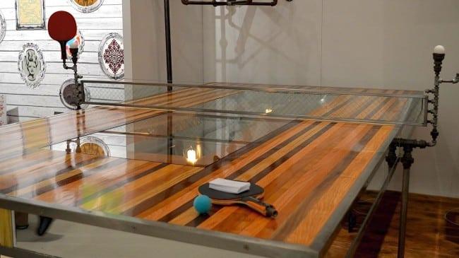 Оригинальный дизайн деревянного стола для тенниса
