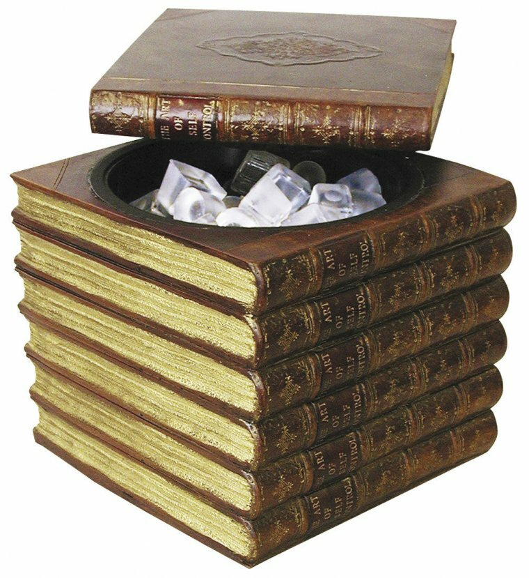 Коробка в форме книги
