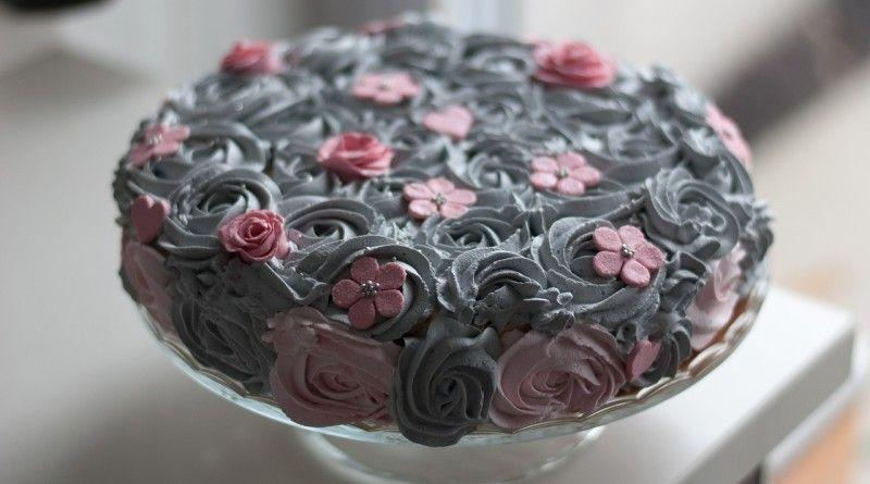 Фото красивого бисквитного торта