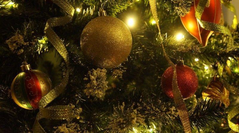Фото новогодней елки с украшениями