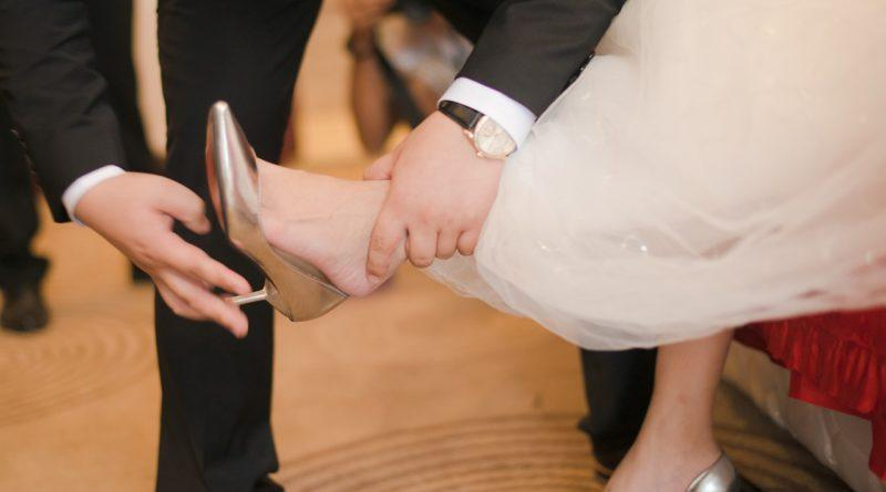 Приметы о подарках на свадьбу 569