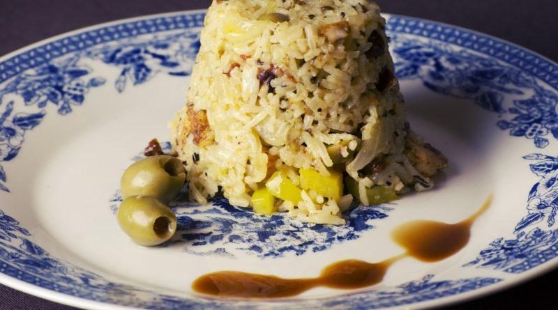 как приготовить рассыпчатый рис в кастрюле на гарнир