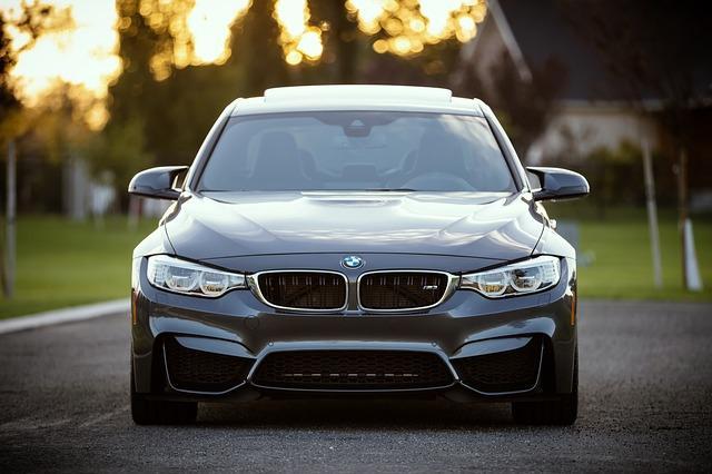 Фото нового BMW 3s