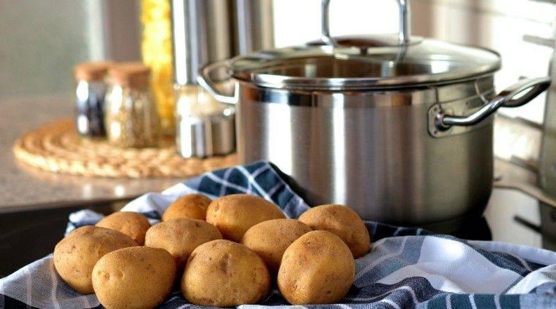 Как правильно жарить картофель