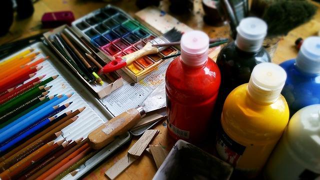 Наборы кисточек и красок