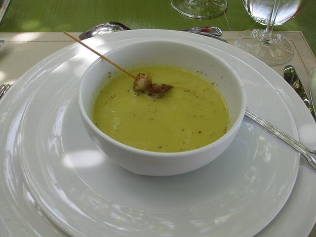 Наваристый суп из гороха