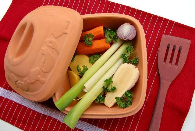 Овощи в касрюле для супа