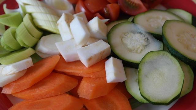 Красиво порезанные овощи для супа