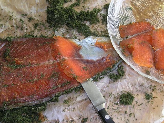 Сухой способ засолки красной рыбы