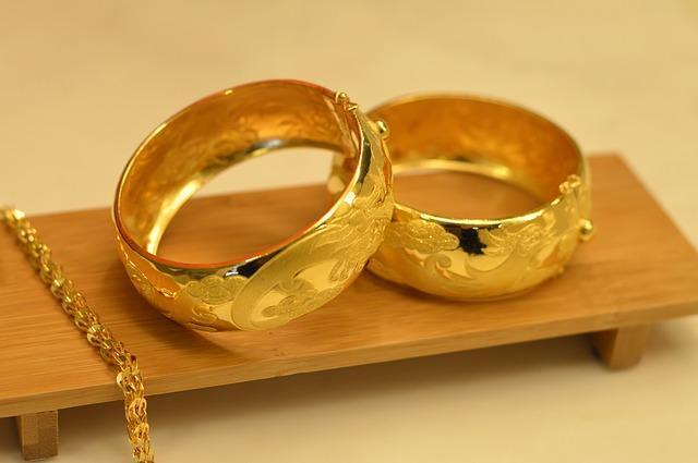 Фото золотых колец