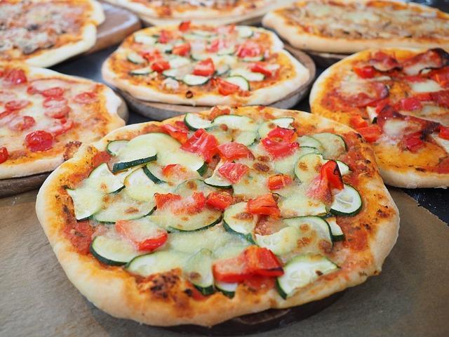 Пишное слоеное тесто для пиццы